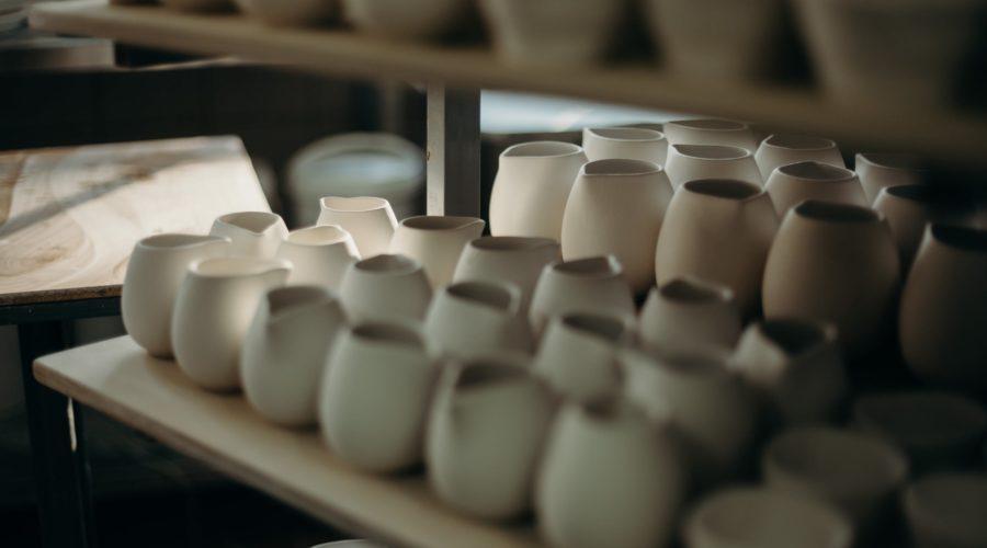 Wie lange sollte Keramik vor dem Brennen trocknen